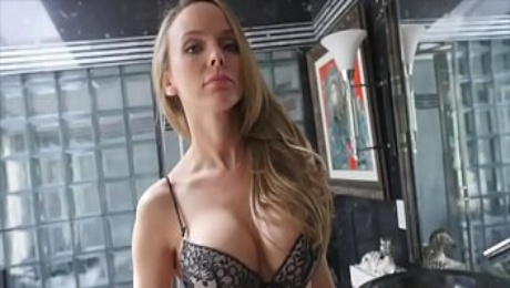 Perverted Mommy Jane Douxxx Seducing Step Son