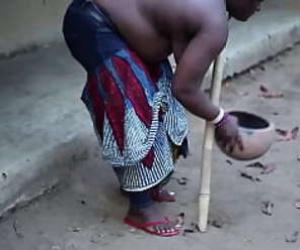 African MILF Tube