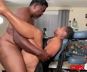 Ebony MILF Tube