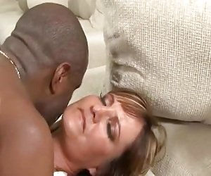 MILF Faces Tube