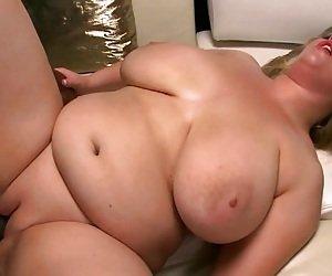 Curvy MILF Tube